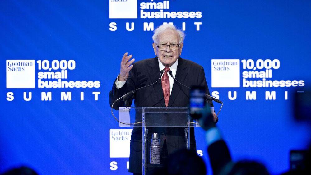 Όταν ο Warren Buffett πουλά τις μετοχές του στην Goldman Sachs, είναι ώρα να αρχίσουμε να ανησυχούμε